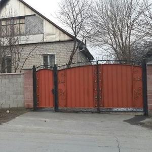 Продам дом в г.Талдыкорган,  ул. Кастеева 51,  угол ул.Курманова